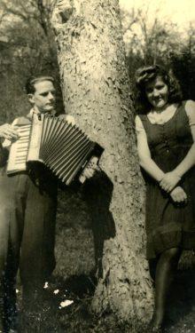 Jakob Štrukej in Milica, 1944